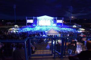 Balasevic koncert cakovec 2017. pogled na scenu