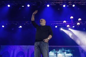 balasevic pozdravlja zagrebacku publiku